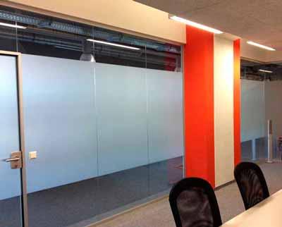 Sichtschutzfolie für einen Konferenzraum